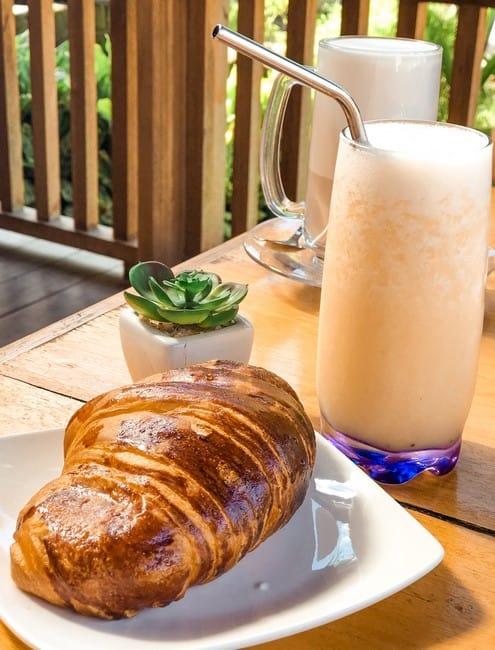 desayunar en Siargao Lunares Cafe