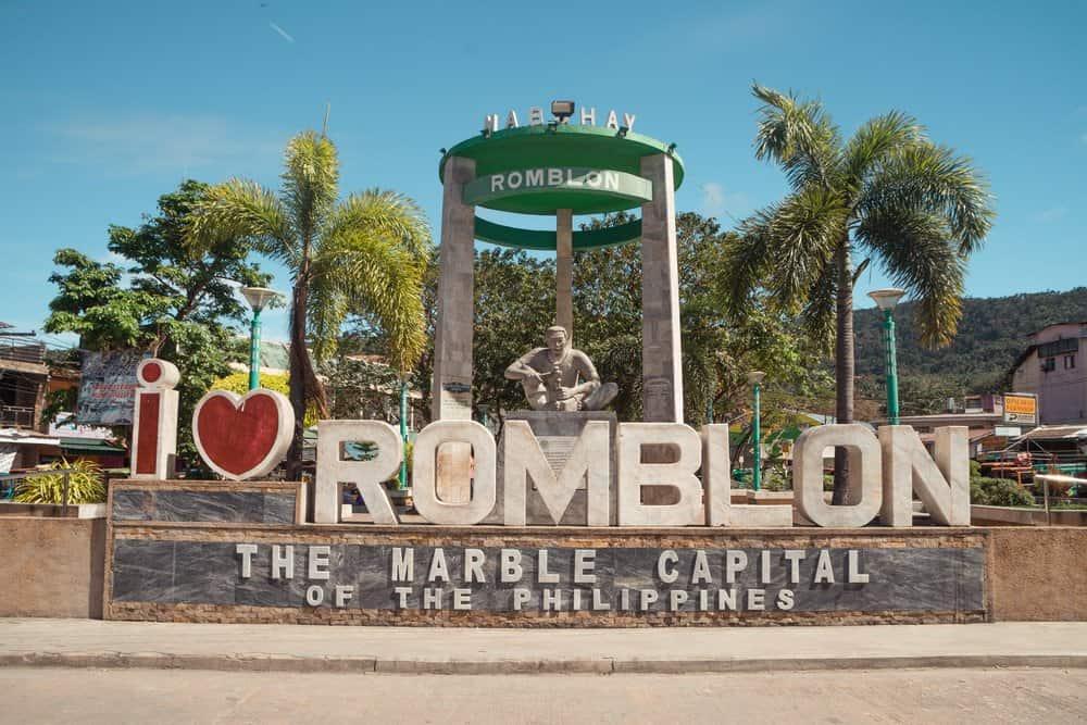 llegar a Romblon, la capital del mármol