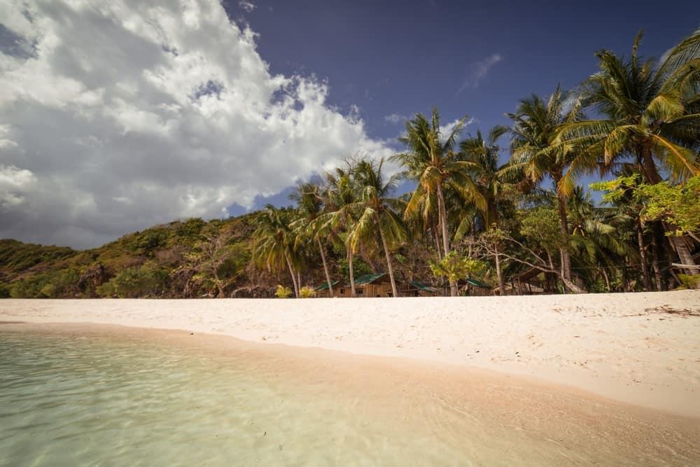 playa de Malcapuya tour en Coron