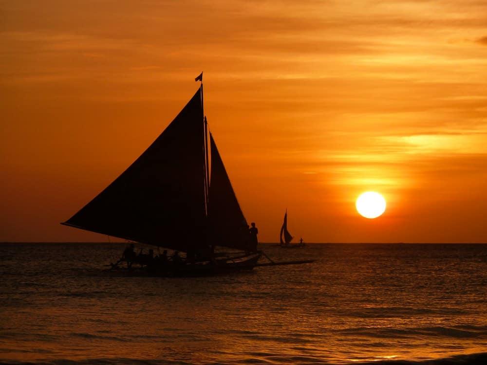Atardeceres y paraws en Boracay