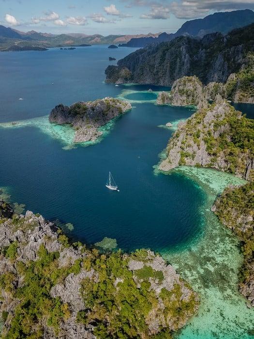 Vista aérea de los lagoons de Coron