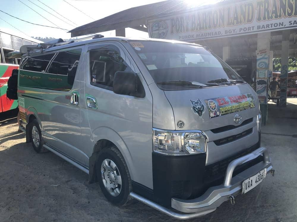 Van para ir de El Nido a Puerto Princesa