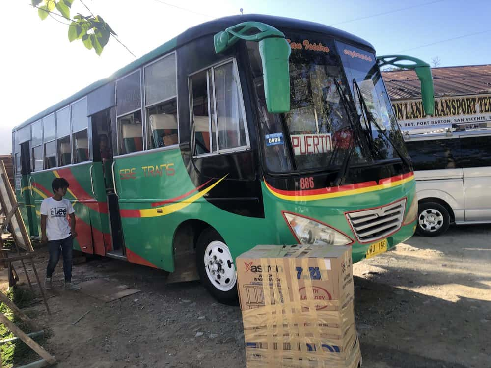 jeepney para ir de Port Barton a Puerto Princesa