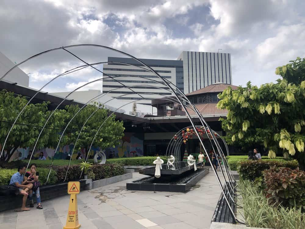 Centro Comercial Ayala Mall
