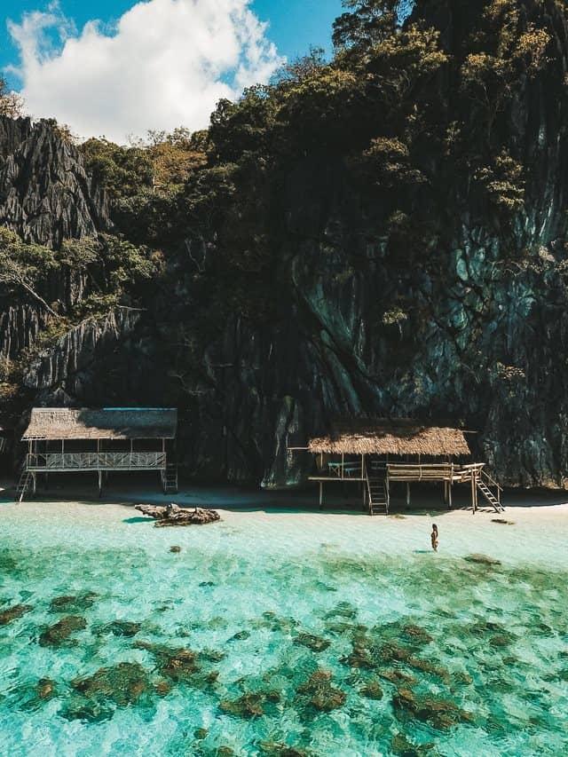 island hopping coron banol beach