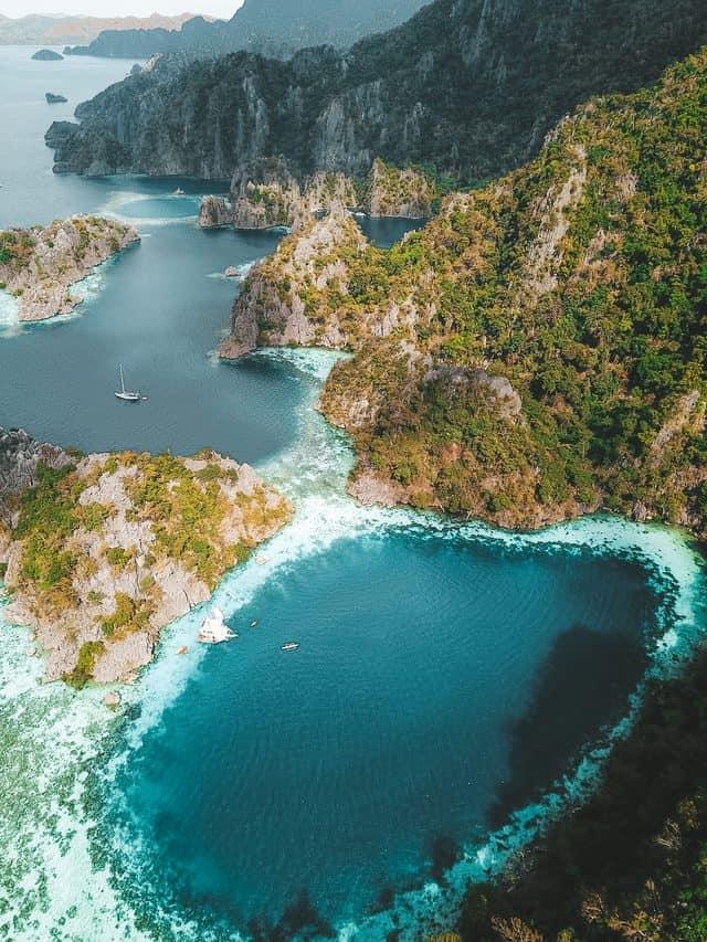island hopping coron privado