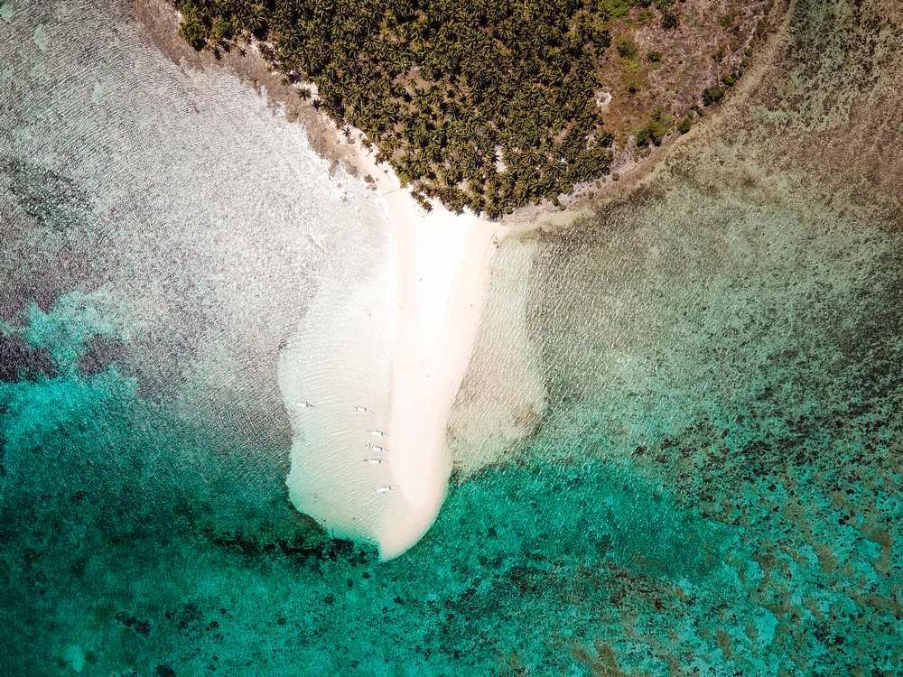 island hopping siargao kawhagan island