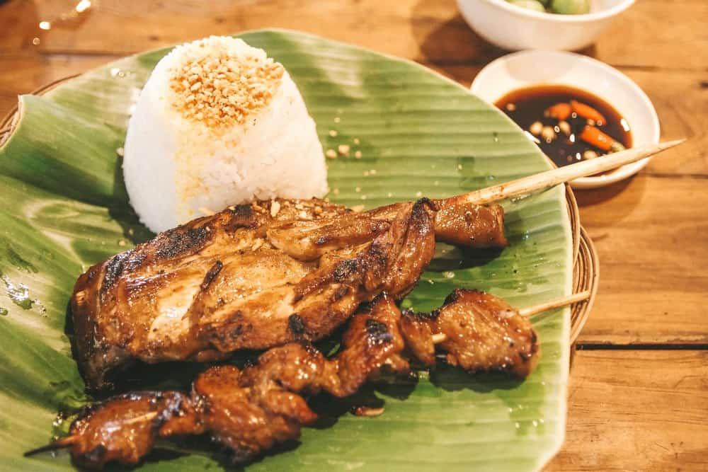 comer en Manila en JT'S Manukan Grille