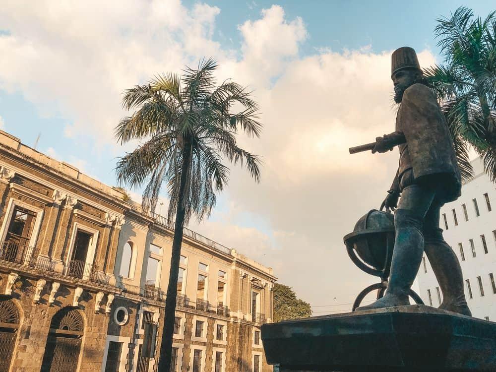 Aduana en Intramuros