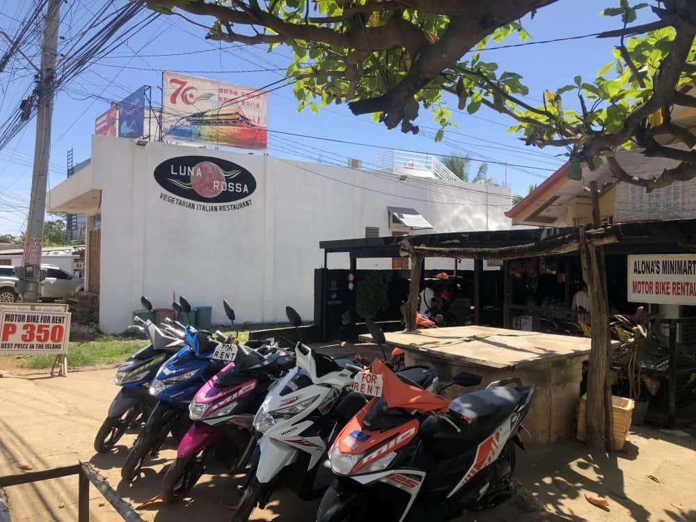 alquilar moto para ver panglao