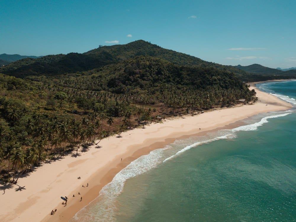 vista drone Nacpan Beach