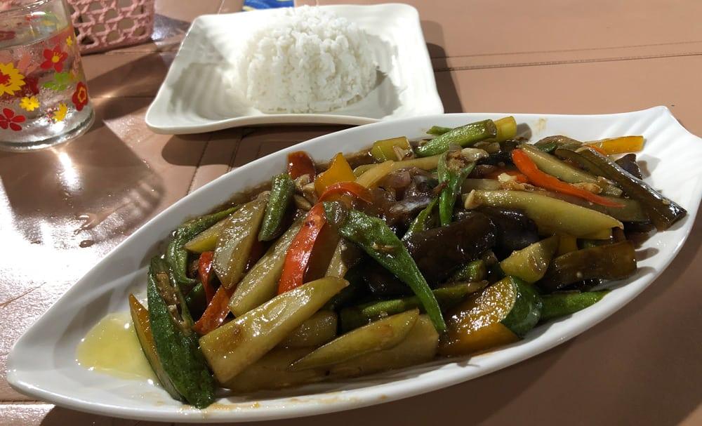 restaurantes para comer barato en Moalboal