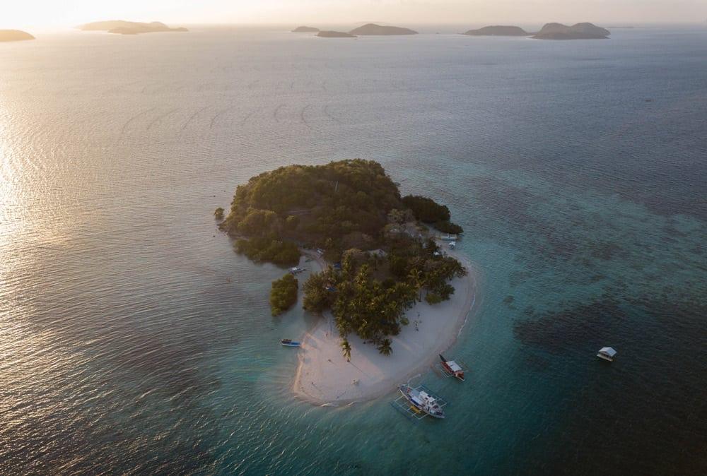 Pass Island, primer campamento de la Expedición de Coron a El Nido