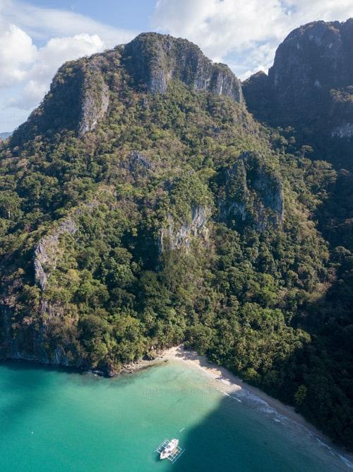 Cadlao Bay, última parada de la expedición de Coron a El Nido