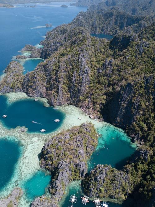 Twin Lagoon, primera parada de la expedición en la isla de Coron