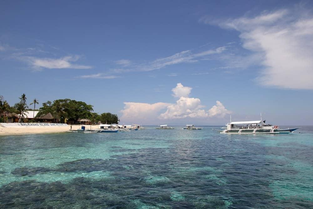 aguas de Balicasag Island