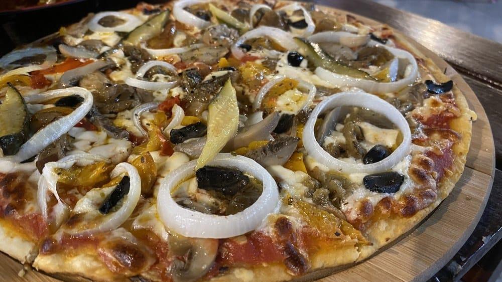 pizzeria mamma mia comer en bantayan