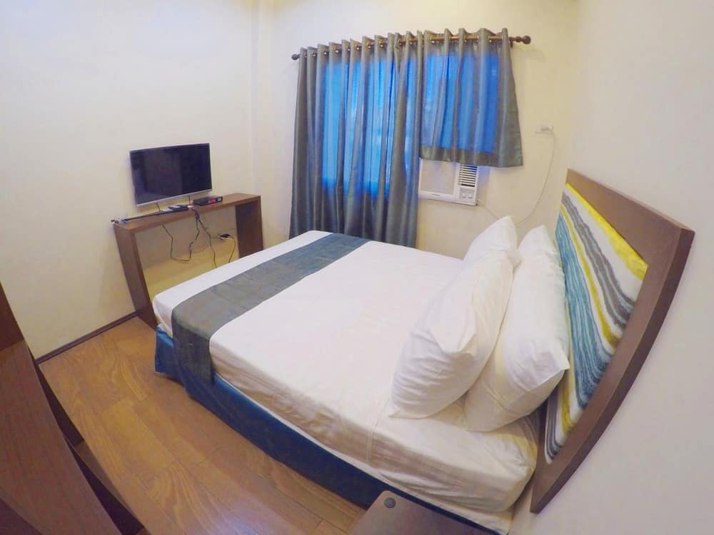 Golden Gate Suites Dumaguete