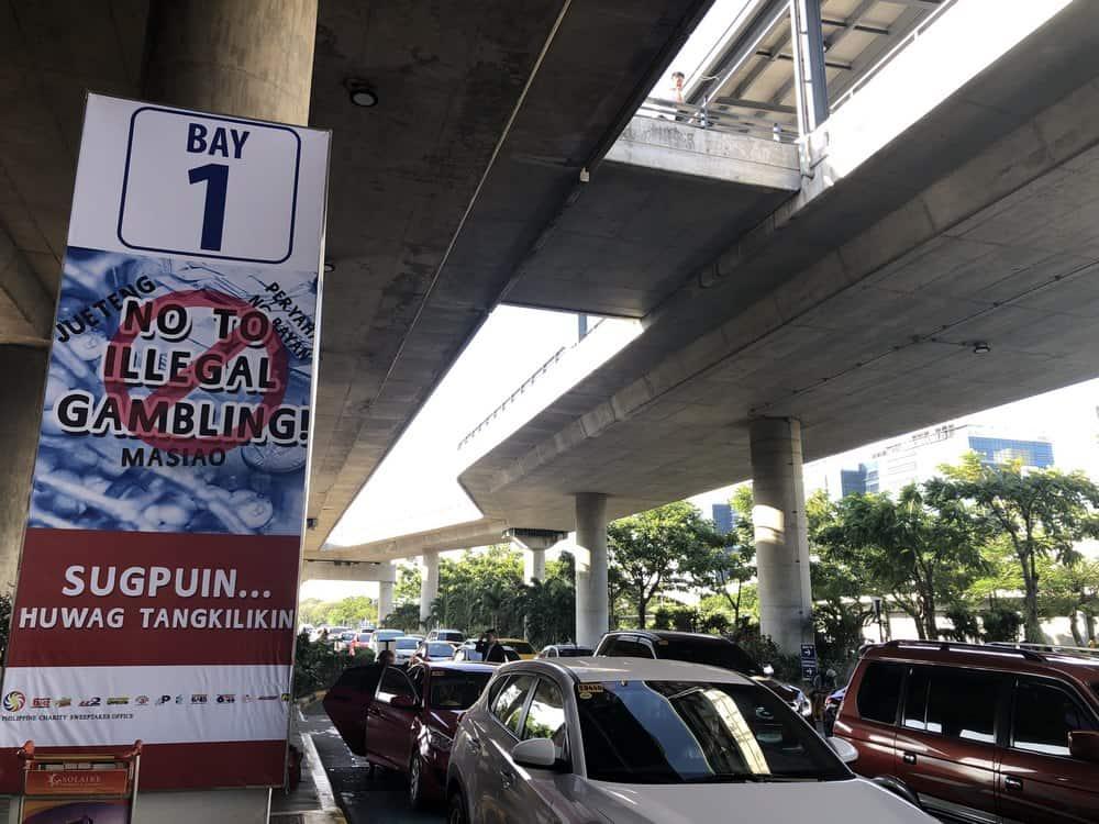sitios para coger tu coche de grab en el aeropuerto de manila