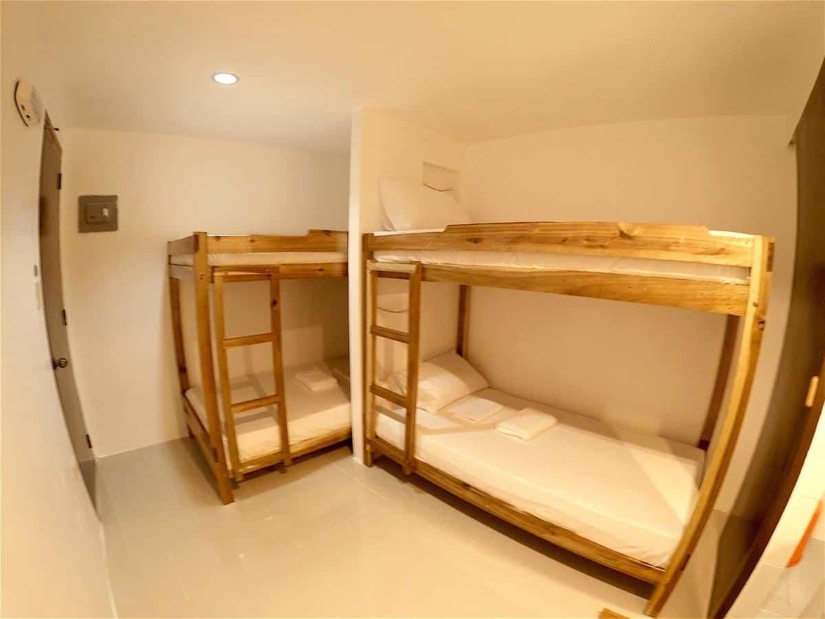 camas pawikan hostel