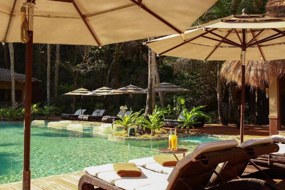 piscina cauayan island resort