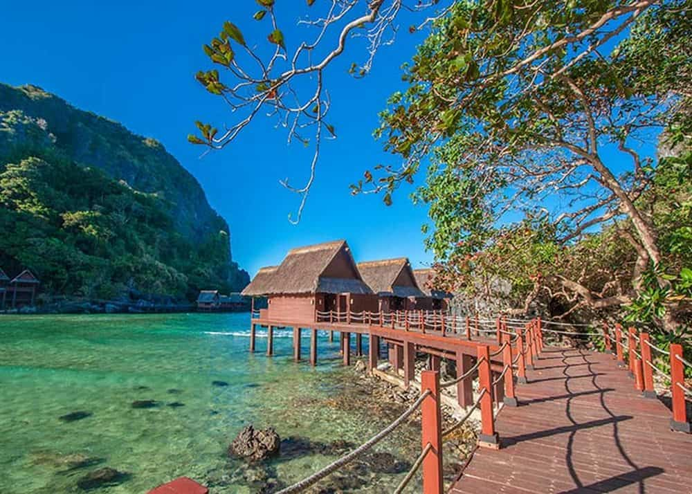water villas cauayan island resort