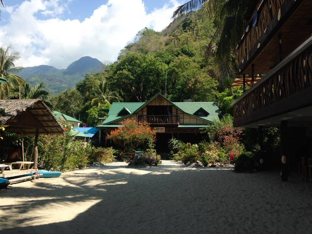 bamboo house dormir en puerto galera