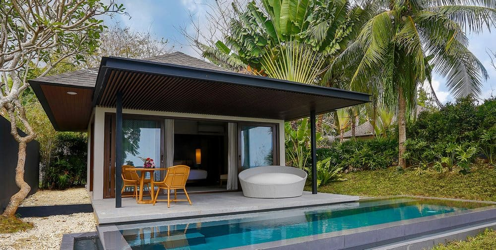 villa con piscina en Amorita Resort en Panglao