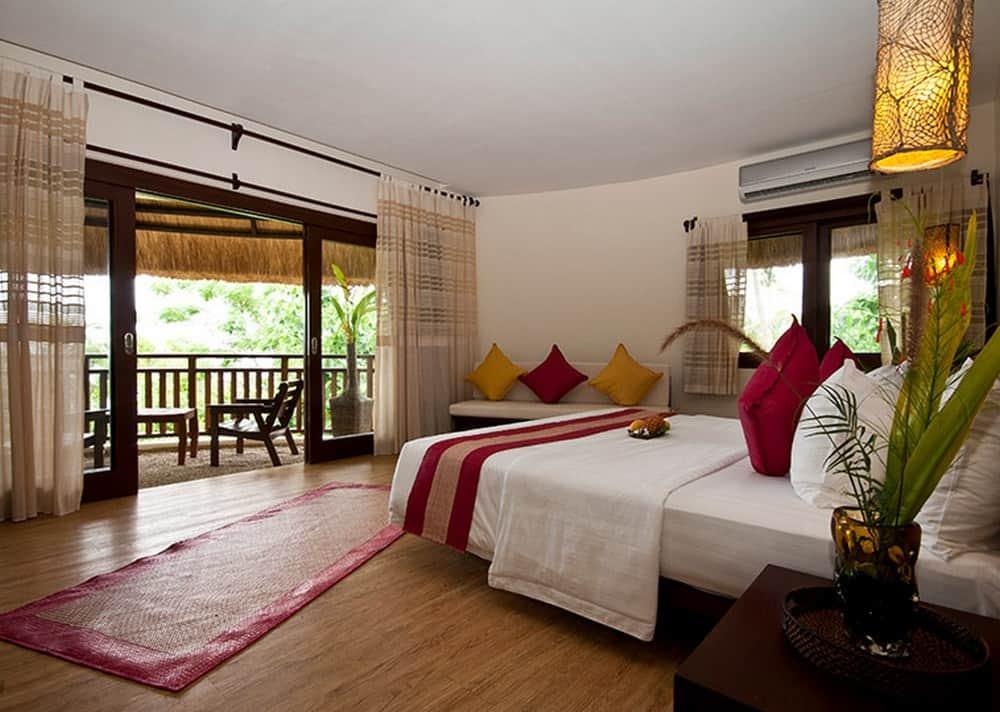 habitación con vistas al mar resort en Bohol