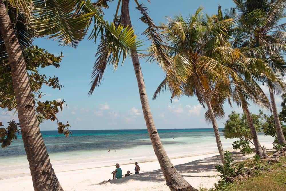 playa de Siquijor en octubre Filipinas