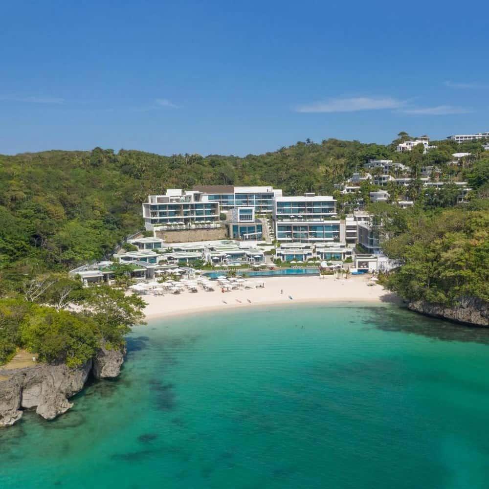 Crimson Resort Boracay